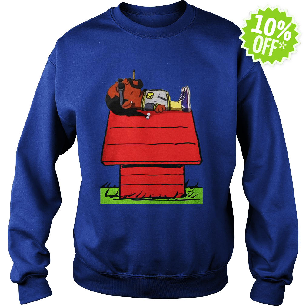 Snoop Dogg Smoking on Snoopy's doghouse sweatshirt