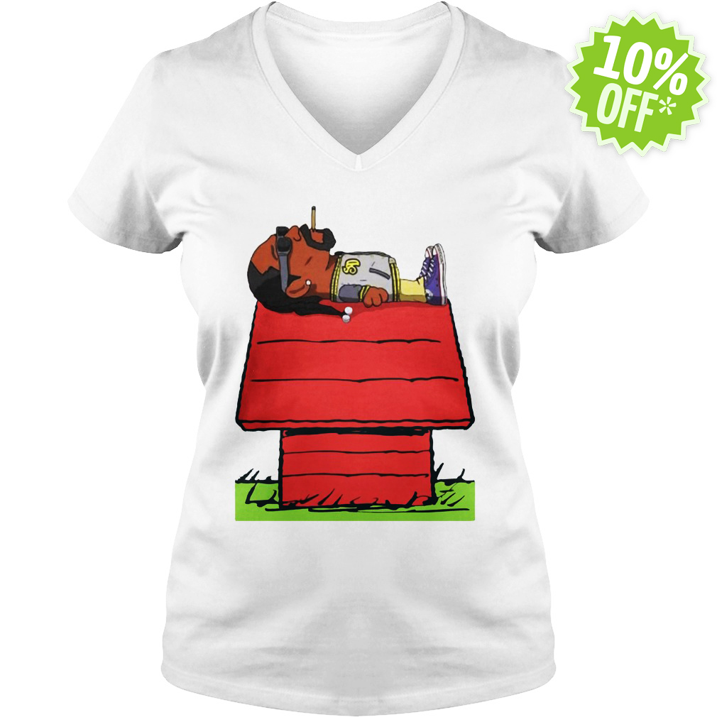 Snoop Dogg Smoking on Snoopy's doghouse v-neck
