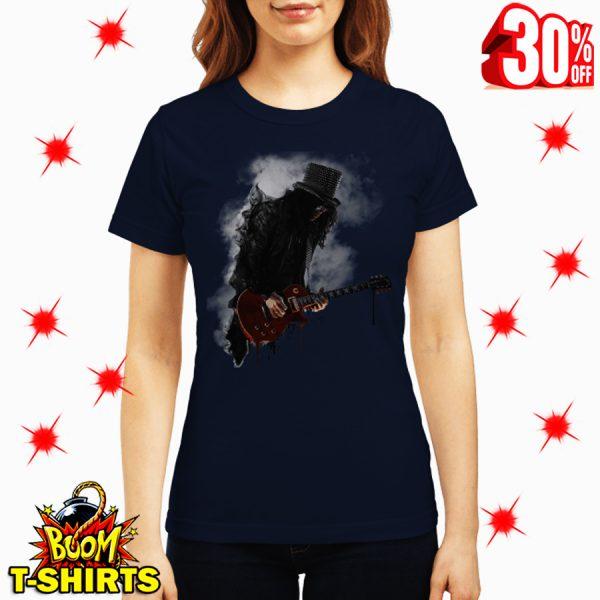 Slash play guitar Guns N' Roses shirt