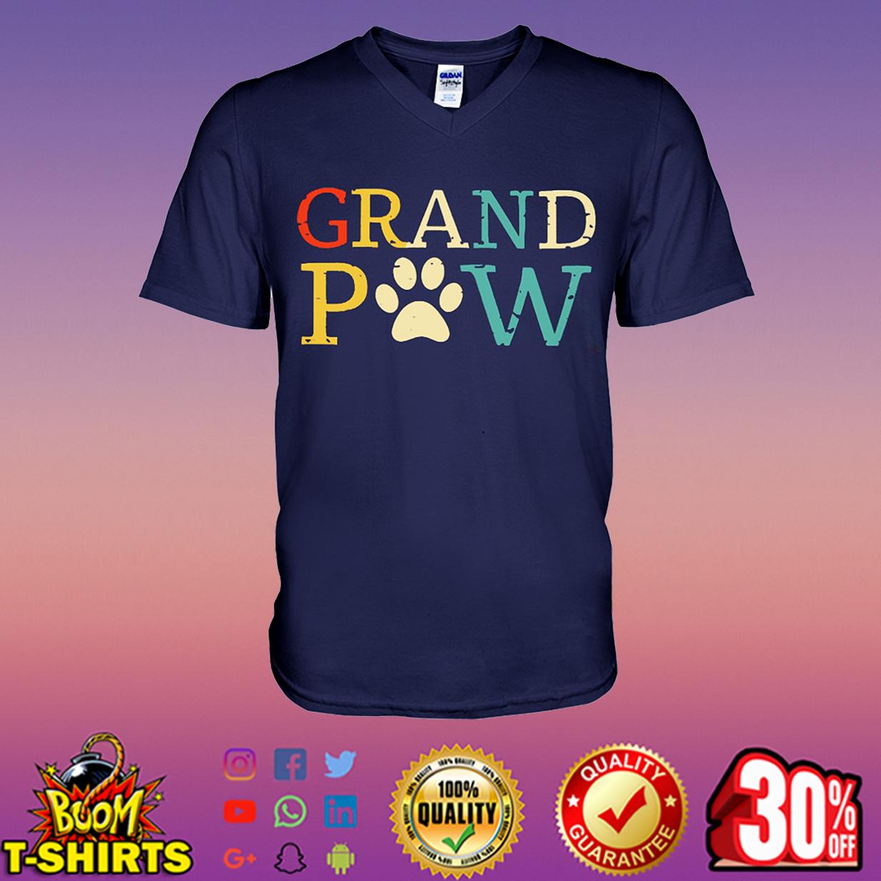 Grand Paw v-neck